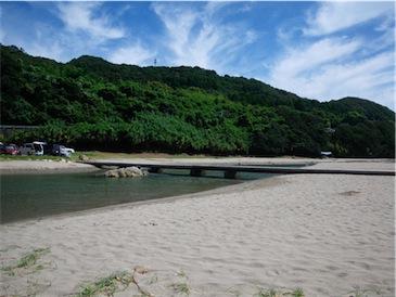 大岐の浜03 川.jpg